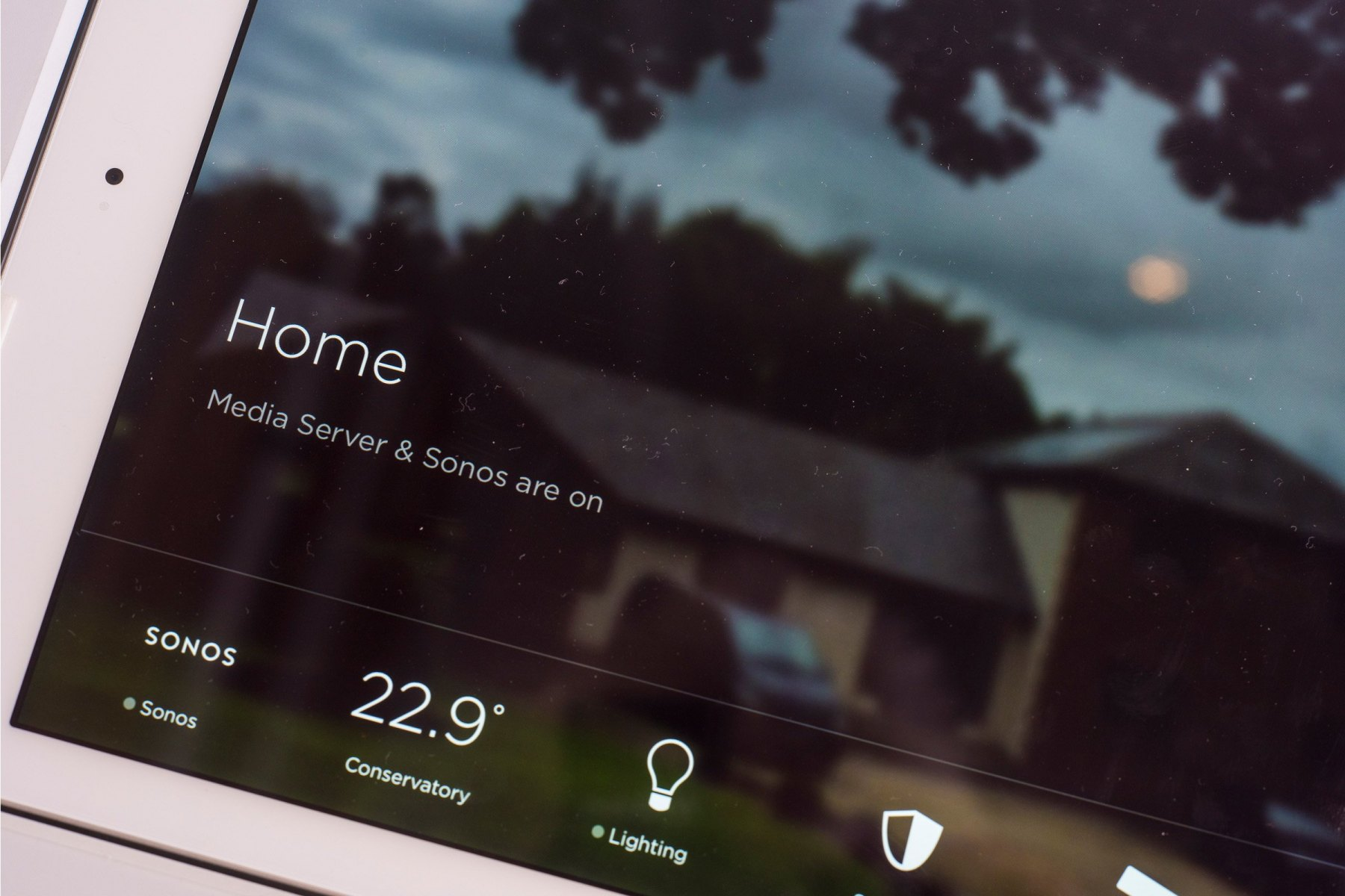 tablet-home-full