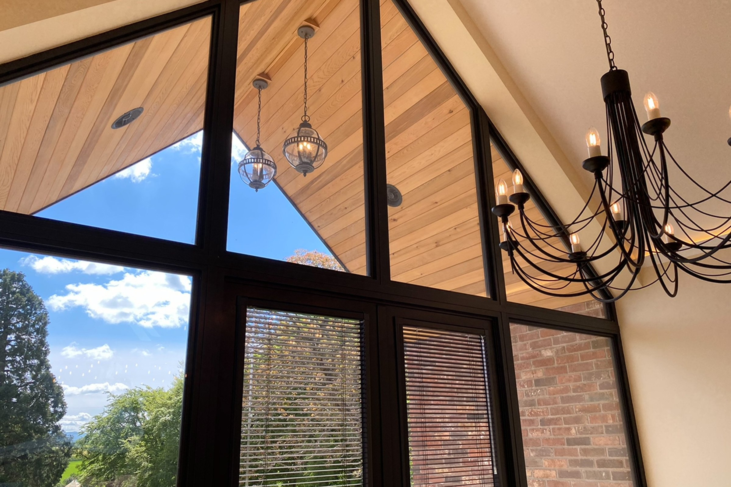 Balcony featuring Sonance in-ceiling speakers