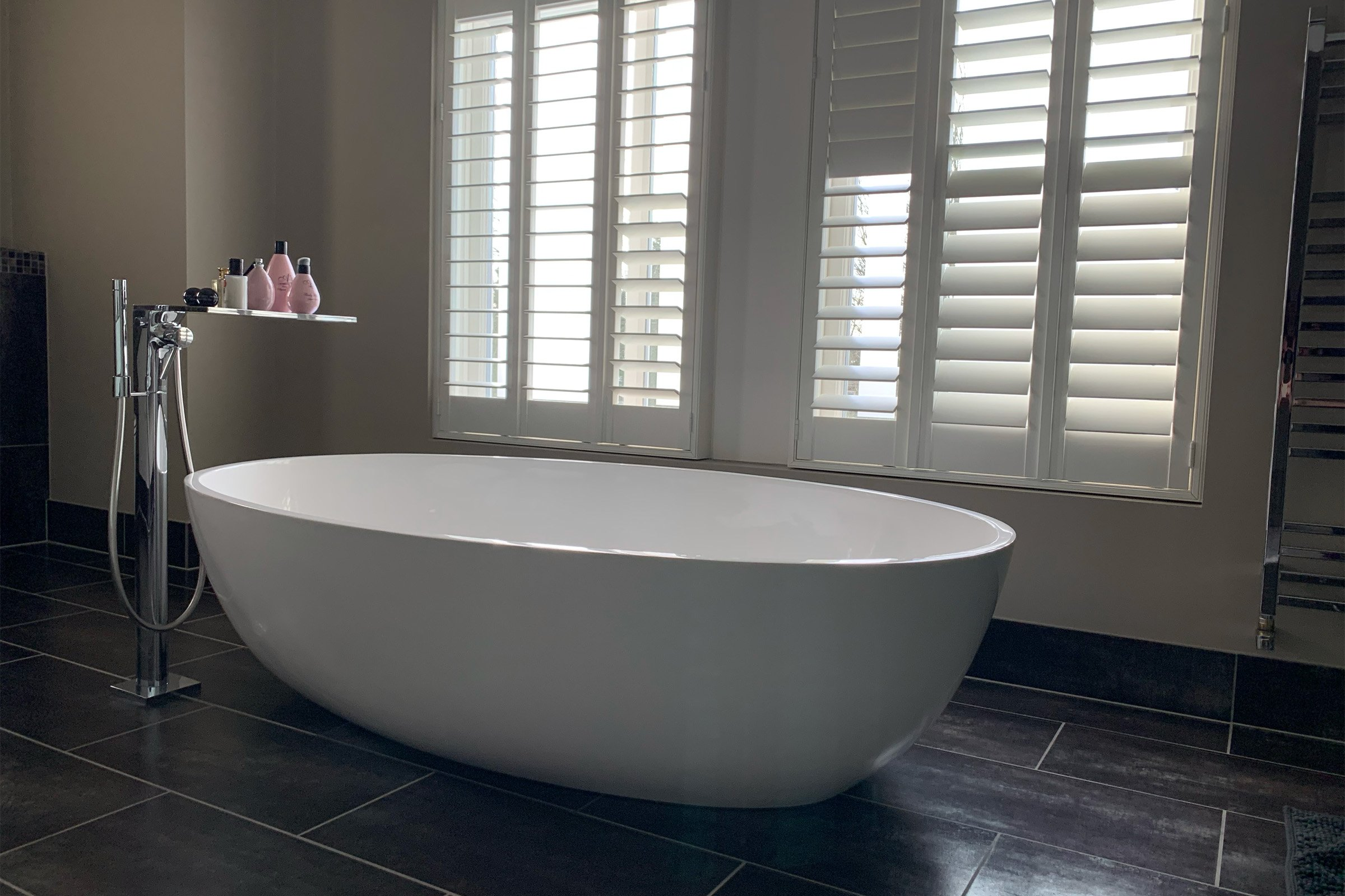 Luxury bathroom with Savant audio