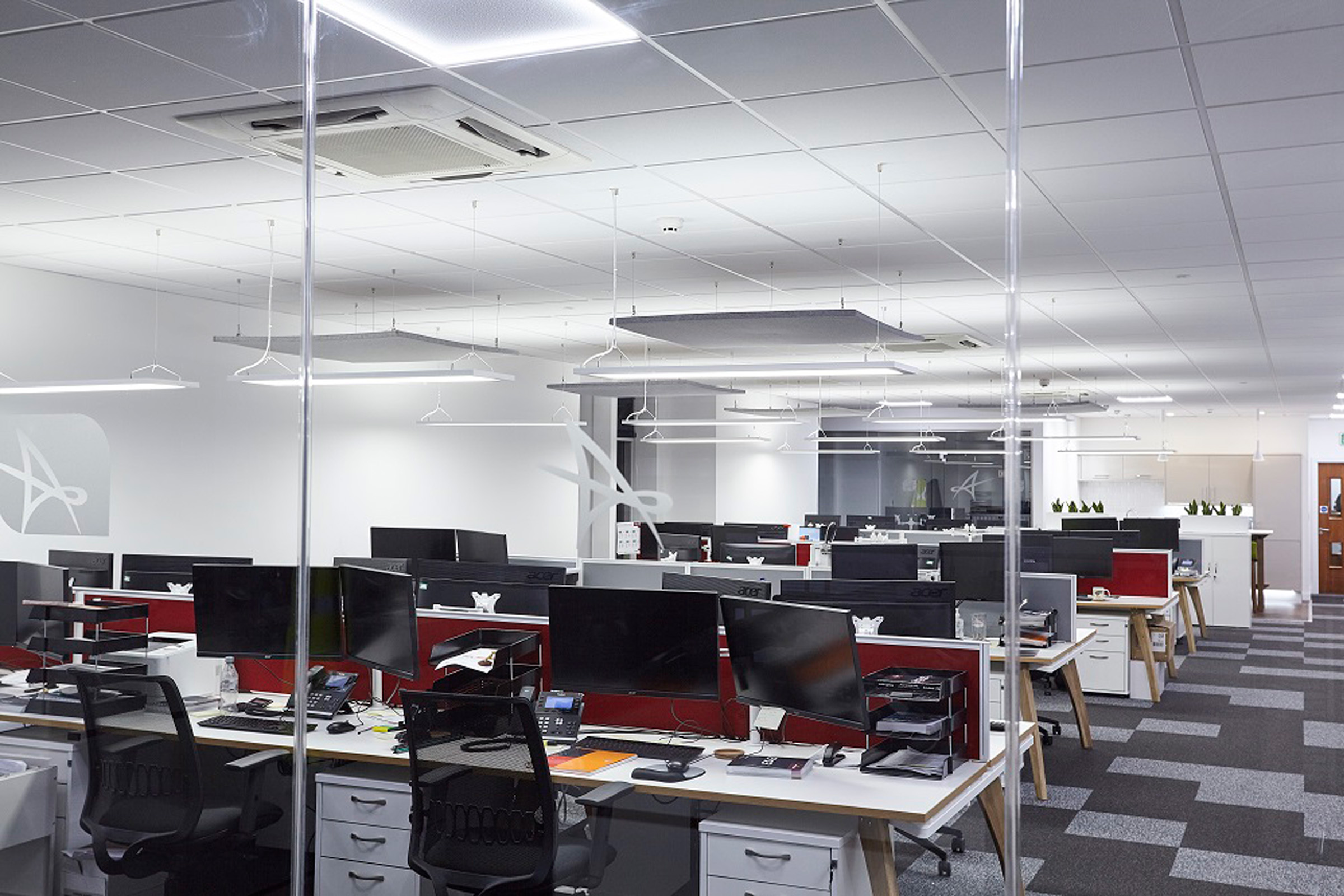 Efficient workspace with smart lighting